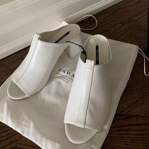 Zara White Chunky Heel Mules 🍼